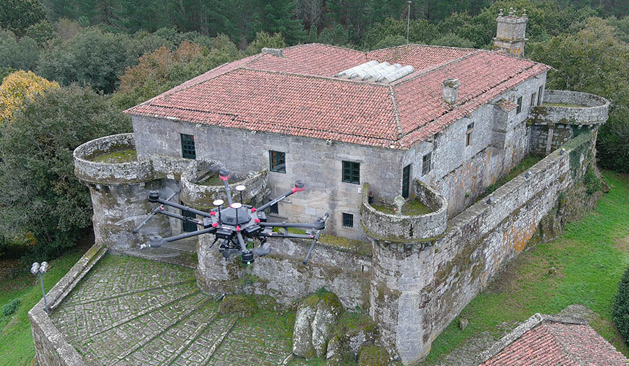 Inspecciones de tejados y fachadas con drones