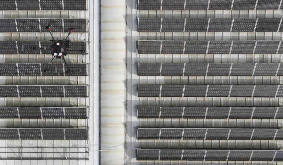 inspecciones-dee-huertos-solares-con-drones