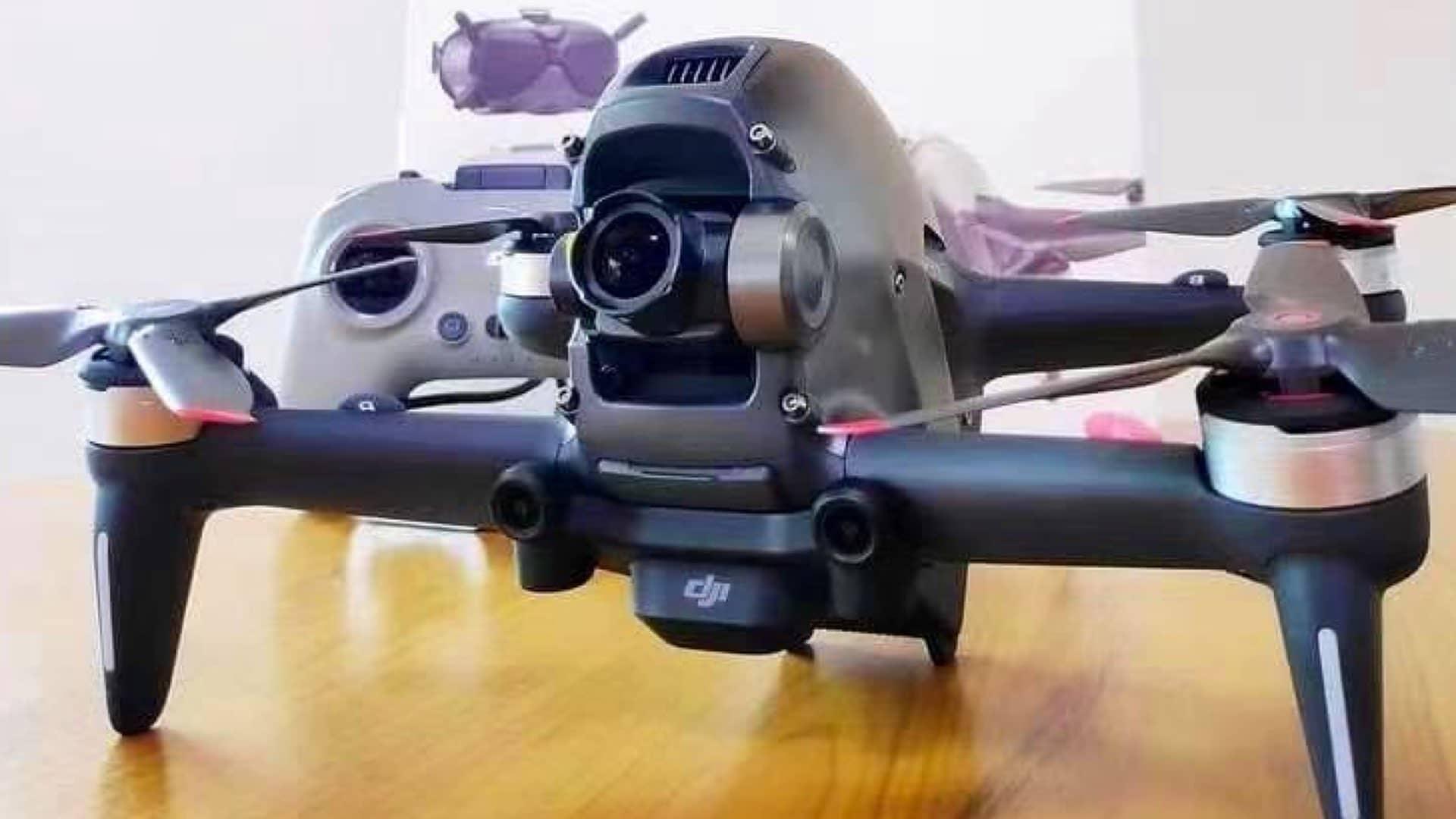 Dron FPV DJI